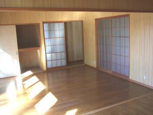 для бизнеса возможно прокат один . дом старый дом в японском стиле отдельно стоящий дом * Shizuoka префектура . река город . дом 8DK магазин имеется * еда и напитки магазин офисная работа место в аренду домашнее животное возможно рисовое поле . склад тихий .