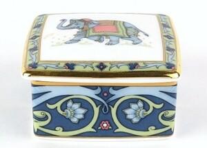 Wedgwood(ウエッジウッド) BLUE ELEPHANT:ブルーエレファント スクエアボックス イングランド製 845856AA2064Q18