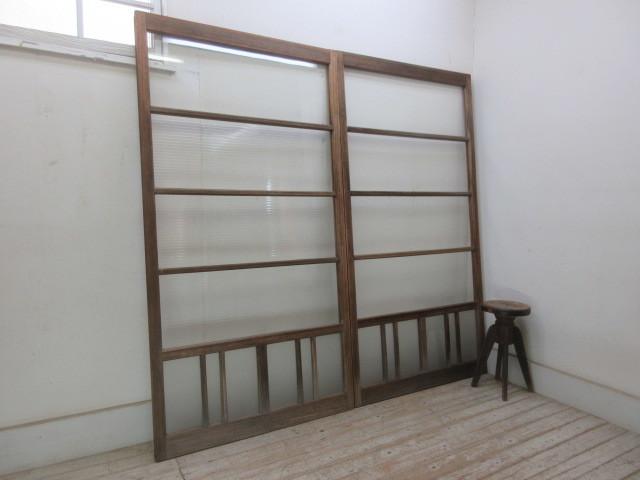 古い木味のモールガラス引戸2枚一組A93    アンティーク建具引き戸扉ドア戸窓玄関店舗什器カフェ什器無垢材古家具