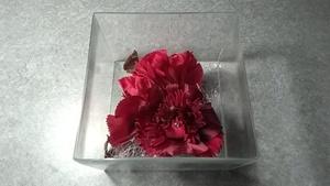 赤花型コサージュ(中古品)