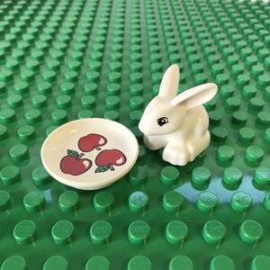 レゴ LEGO◆デュプロ どうぶつ うさぎ ウサギ りんご お皿 ミニフィグ フィギュア レア 白雪姫 ディズニープリンセス