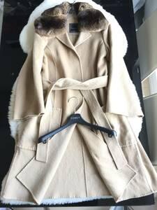 即決 ハンガー付 FOXEY フォクシー 最高峰モデル チンチラファー付 カシミヤコート☆40サイズ ベージュ