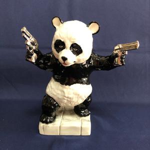 """バンクシー (アフター) """" PANDA WITH GUNS """" セラミック・スカルプチャー by KEVIN FRANCIS S-092 (not カウズ, not メディコムトイ)"""