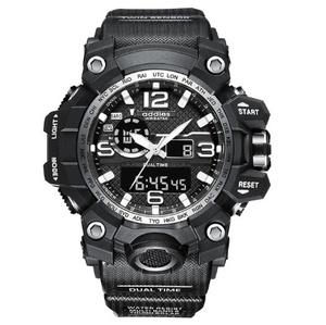 最新 スポーツ ウォッチ 50m防水 アウトドア ミリタリー 登山 海 デジタル 腕時計 ギフト アナログ 衝撃 ホワイト s0048