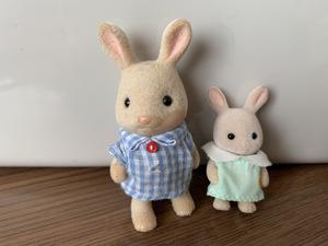 即決 特価 送料無料 みるくウサギ 2個セット  シルバニアファミリー シルバニア 人形