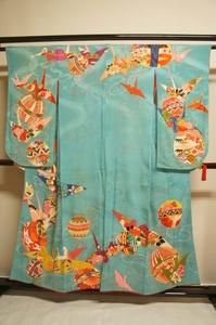 逸品アンティーク花緑青色手毬に鶴刺繍入り五ツ紋H12145