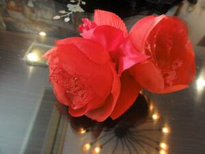 送料無料 日本製 ふんわり蕾のコサージュ 赤 入学式 結婚式 フォーマル 演奏会 発表会  ⑥