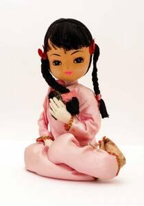 昭和レトロ お座りポーズ人形 チャイナ服の女の子