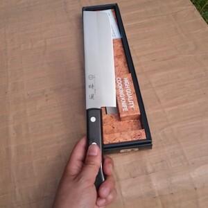 切れ味抜群☆錆びない!【新品】料理包丁 菜切り包丁 165㎜ 不透スウェーデン鋼