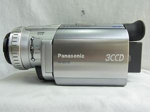 Panasoonicパナソニック:NV-GS100 3ccDデジタルビデオカメラ:シルバ-附属品:充電バッテリ-1個:ストラップ:他