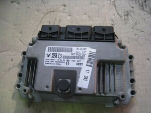 Peugeot M307CC engine computer -