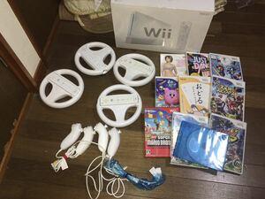 Wii ファミリー4人セット ハンドル・ヌンチャク・リモコン4つずつ ソフト15本 フィットネス ダンス マリオカート バランスwii ボード