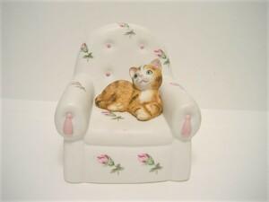 ◆陶器製 <仔猫オルゴール> 曲名:「メモリー」