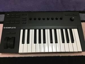 Komplete Control A25 Native instruments 類似/ MPC X Touch AVID cubase Logic Maschine Native Instruments Ableton lite Moog