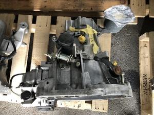 0232 Alpha Romeo 155 V6 E-167A1E manual mission body