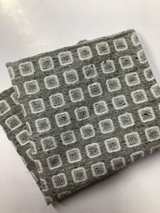 新品 ザックリしたシルバー色最高級織物使用のシルク100%?表示ポケットチーフ クールビズにお洒落最適 日本製の安心お買い得サービス