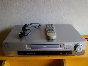 DVDプレーヤー Victor XV-521 です。