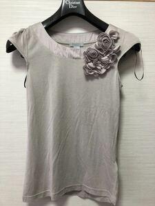 H&M半袖お花モチーフカットソーXSサイズ