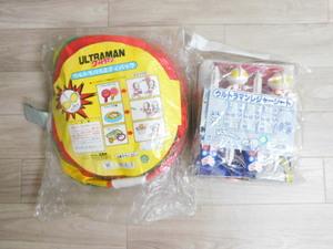 16 ウルトラマン 新品 レア バラエティバッグ/レジャーシート(90X180㎝)2点セット:福袋