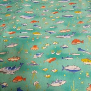 海の生き物達  生地 ハギレ