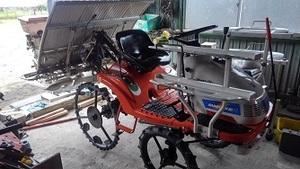 最終出品値下げ クボタ 田植機 RAINBOWKID4 SPK4 施肥機つき 4条植え田植え機
