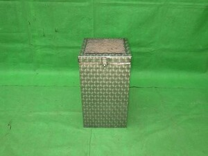 one-off stainless steel volume tool box height 66× width 36× inside 36[ used ]