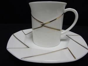 【HOYA CHINA】【White Modan】【コーヒーC&S】(1客)」(ゴールドをたっぷり品良く使用)未使用・箱なし・美品