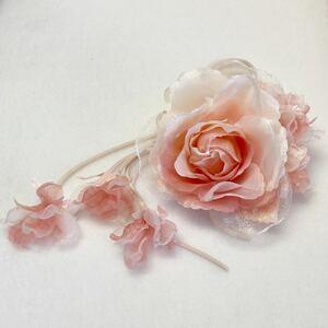 コサージュ 14-21M02 ピンク 小花・リボン付き薔薇