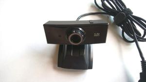 バッファロー BUFFALO BSW32K02H(320万画素 WEBカメラ)Windows10 USB CMOS テレワーク 在宅 Microsoft【送料無料】