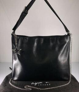 美品 Agnis b アニエス・ベー 2WAY A4雑誌OK フォーマル冠婚葬祭 上質本革 ブラック 上品なトート&ショルダーバッグ 。ロゴチャーム付き。