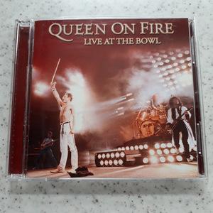 送料無料! QUEEN ON FIRE LIVE AT THE BOWL クイーン・オン・ファイアー 1982 中古品CD