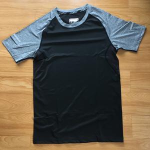 メンズ シャツ 半袖 スポーツウェア Tシャツ ブラック Lサイズ 新品