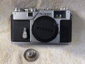 レンジファインダー・ニコンカメラ レンズ有りNikon S3 シャッターOK・動作確認済み!!!