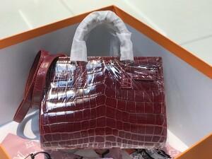 ナイルワニ革 ニロティカス クロコダイル シャイニング 本革 レザー 腹部センター 斜め掛け ショルダーバッグ レディース ハンドバッグ 鞄
