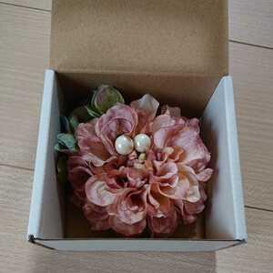 新品 コサージュ 淡いピンク系 卒業式 卒園式 入学式 入園式 お祝い アクセサリー 結婚式 発表会