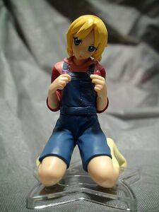 美少女フィギュアb35-10キャラ不明 ガチャか食玩かゲーム景品 彩色HG系 女の子 人形 子供服 衣装