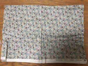 小花柄 コットン100 ハンドメイド布地100×100(100×180)