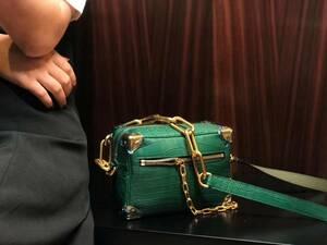 新作 ワニ革保証 クロコダイル 本革 レザー 腹部センター 手提げ 2way 斜め掛け ショルダーバッグ 鞄 レディース クラッチ ハンドバッグ
