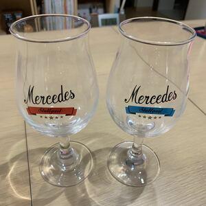 メルセデスベンツロゴ入りワイングラスペアセット。
