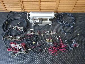 社外 Z33 フェアレディZ外し エアサス用 部品 アルミタンク 200PSI VIAIR 480C エアコンプレッサー GSR電磁弁 メーター 棚24-3