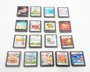 H29◆ ジャンク〈Nintendo 任天堂〉DS ソフト17点 まとめ どうぶつの森 / ぷよぷよ7 / ポケモンチローゼ / ゼルダ /他ソフト