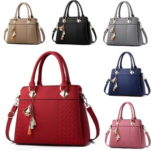 新品●レディース トートバッグ ハンドバッグ ビジネスバッグ かばん 手提げ 通勤 母の日ギフト レザー 斜め掛け 2way 選べる全6色
