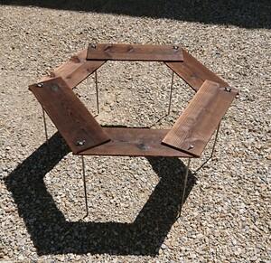 BBQ 焚き火テーブル 77×77cm 【組立簡単、軽量、収納コンパクト】