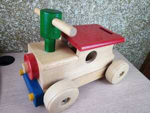 木製 乗用玩具 乗り物 木のおもちゃ 子供 動いたら音がなります ベビー用品 売り切り お得◇大