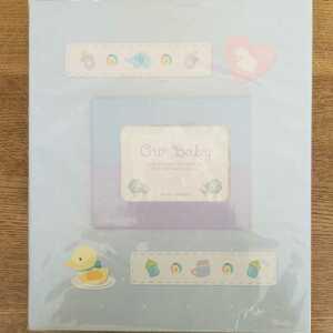 ベビーフォトアルバム 縦型 OUR BABY 水色 ヒヨコ 出産記念 赤ちゃん ドット柄 未使用難あり