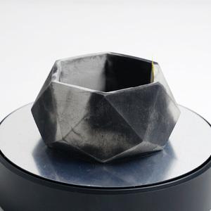 多角形のセメント鉢 ブラック×グレー 2トーン(モルタル鉢 コンクリート鉢、多肉植物 サボテン 塊根植物 アガベ パキポディウム等に)C