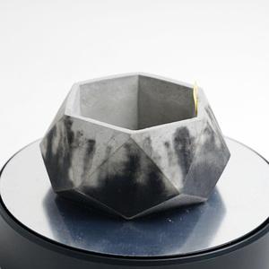 多角形のセメント鉢 ブラック×グレー 2トーン(モルタル鉢 コンクリート鉢、多肉植物 サボテン 塊根植物 アガベ パキポディウム等に)G