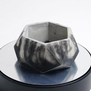 多角形のセメント鉢 ブラック×グレー 2トーン(モルタル鉢 コンクリート鉢、多肉植物 サボテン 塊根植物 アガベ パキポディウム等に)Q