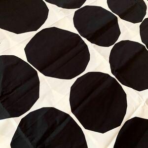 レア★marimekko はぎれ プロダクト 服飾生地 kivet 白黒