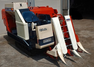 鹿児島発 クボタ 二条ディーゼルコンバインR1-151 約237時間 農機具
